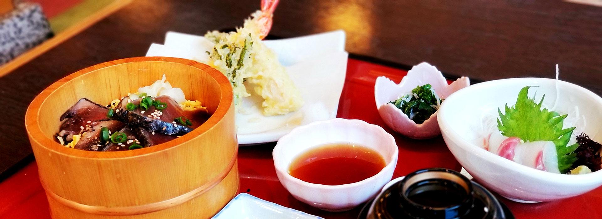 日本食、拉麺店やフードコート事業について